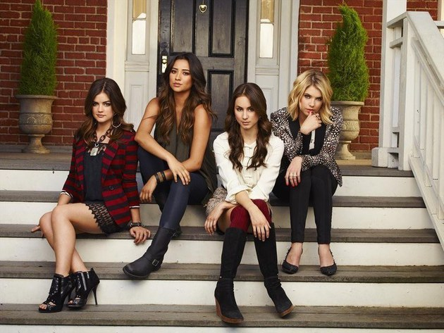 LUCY HALE, SHAY MITCHELL, TROIAN BELLISARIO, ASHLEY BENSON